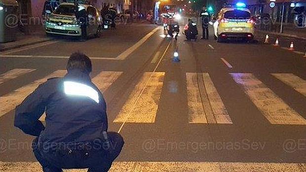 La Policía, esta madrugada en la zona del accidente mortal