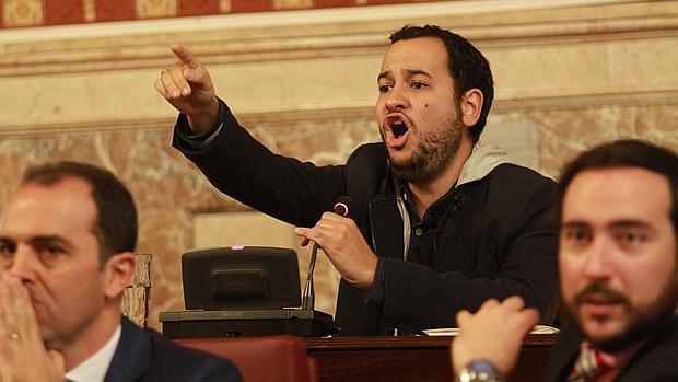 El portavoz de Izquierda Unida en el Ayuntamiento de Sevilla, Daniel González Rojas