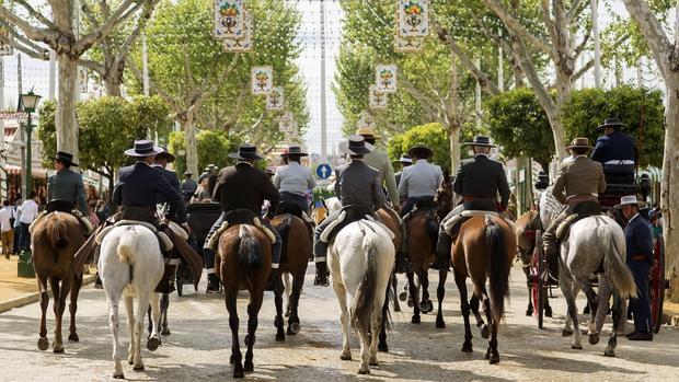 cfd5536fd55b5 Sevilla El paseo de caballos podría verse afectado por el cambio en la Feria