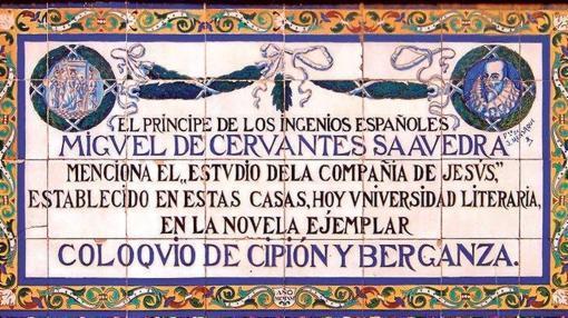 Ruta por los azulejos cervantinos de sevilla for El rey de los azulejos
