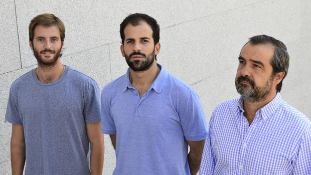 Antonio Espinosa de los Monteros, Pablo Urbano y Luis de Sandes, socios de Auara