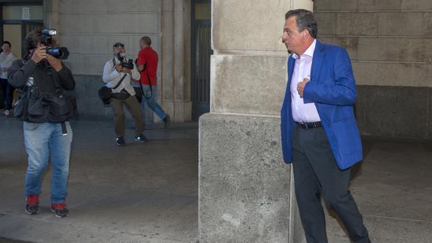 El superintendente Gabriel Nevado, a su llegada a los juzgados el pasado mes de septiembre
