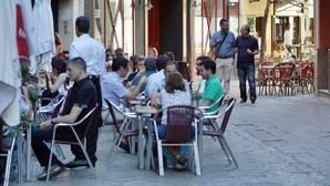 El PP pide a Espadas que hable con los hosteleros para que quitar veladores «no cause perjuicios económicos»
