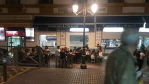 Vecinos del Cristina piden a la Policía que actúe contra los veladores