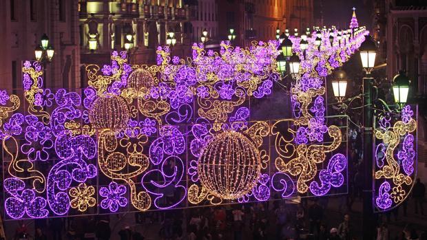 En v deo sevilla inaugura su iluminaci n navide a entre - Iluminacion sevilla ...