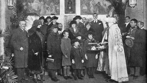 Recibimiento del rey Baltasar a los hijos del Infante don Carlos de Borbón