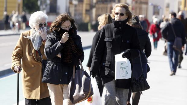 Pese a que el ambiente será soleado, las temperaturas caerán progresivamente en Sevilla