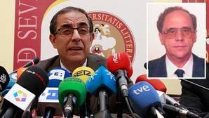El rector pide perdón por la condena del catedrático pero defiende la actuación de la Universidad de Sevilla
