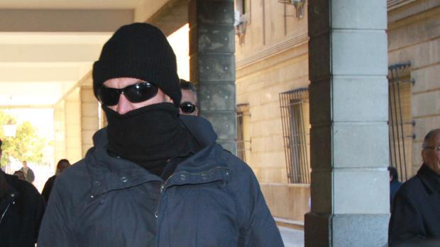 El supuesto infiltrado a su llegada a los Juzgados de Sevilla