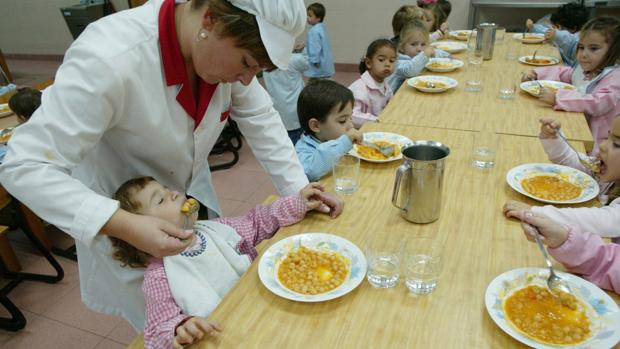 Los comedores escolares de Sevilla vuelven a la normalidad