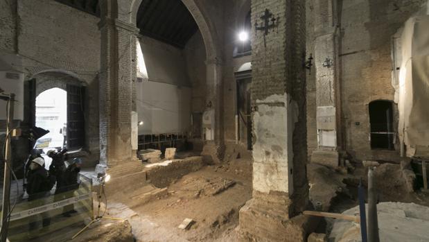Luz verde a m s obras en el interior de santa catalina y for La fabrica del mueble sevilla