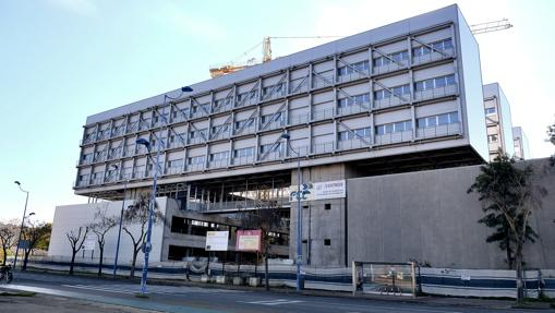 Los fantasmas inmobiliarios de la crisis en sevilla for Bbva sevilla oficinas