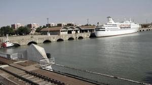El Gobierno central rechaza con contundencia el dragado del Guadalquivir
