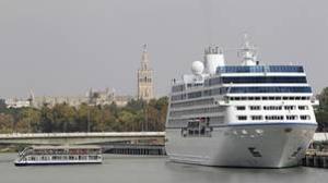 El Puerto de Sevilla pierde el tren del crecimiento