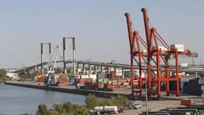 El último informe sobre el dragado del río Guadalquivir pasó dos años de un despacho a otro