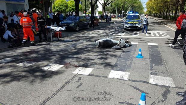 El conductor del ciclomotor ha resultado herido leve