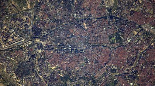 Thomas Pesquet envía desde la Estación Espacial Internacional esta imagen de Madrid