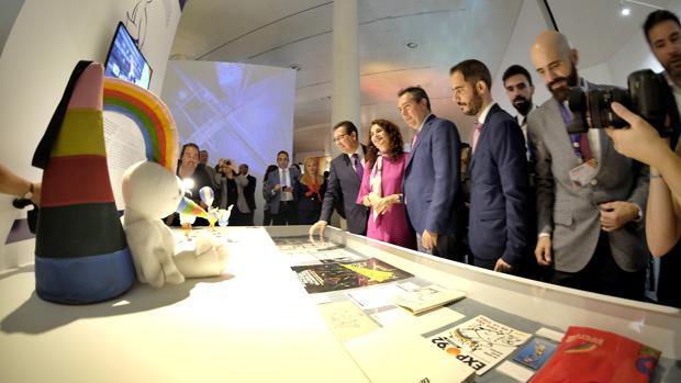La muestra en recuerdo de la Expo 92 en el Pabellón de la Navegación