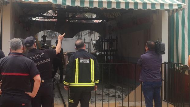 Incendio en la caseta 211 de la calle Juan Belmonte