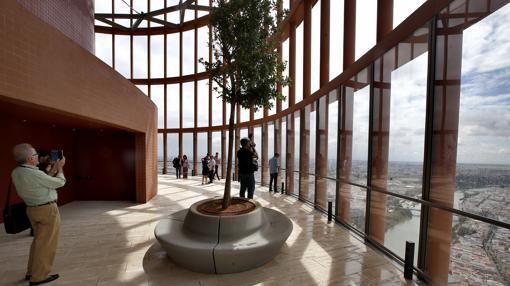 Planta 37 de Torre Sevilla, donde el hotel contará con una terraza-mirador con bar