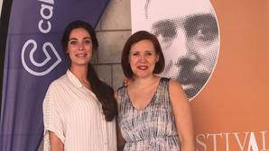 Jessica Alcalde y Benedicte Palko tras la firma del convenio