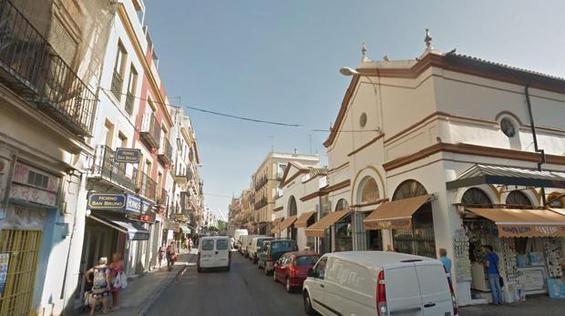 Los vecinos del mercado de la calle Feria, los más afectados
