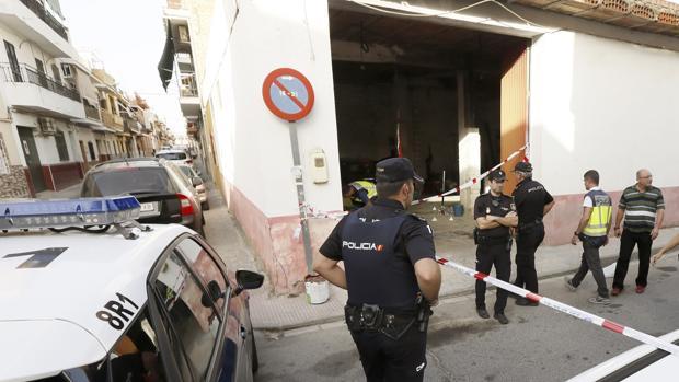 La Policía Nacional en el lugar en el que se produjo el ataque