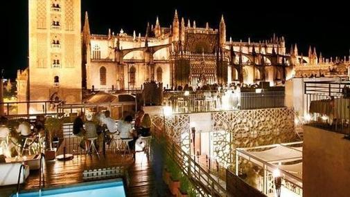 Diez terrazas de sevilla donde tomar una copa - Terraza hotel eme ...
