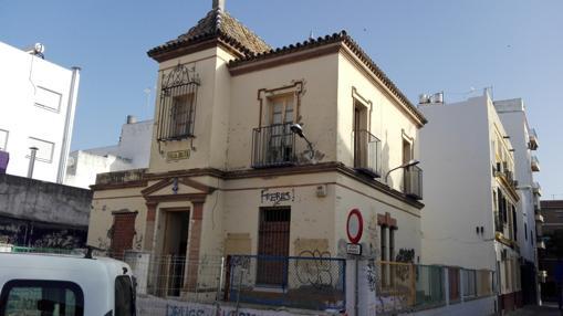 Fachada de Villa Julita, que será recuperada por el Ayuntamiento