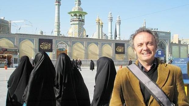 Emilio González Ferrín en Irán