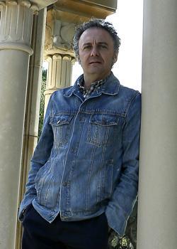 González Ferrín es profesor de «Corán y Tradición Islámica» en la Hispalense