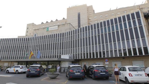 Hospital de Valme donde tuvo lugar el domingo el trágico accidente