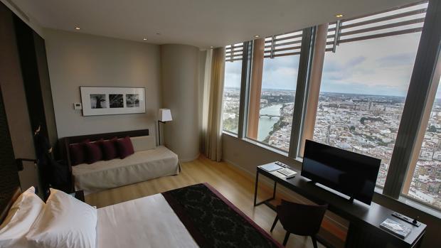Una habitación del hotel Torre Sevilla