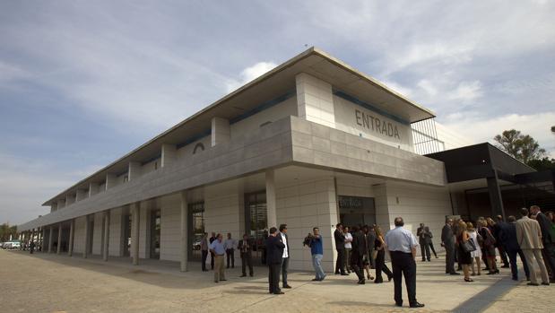 Edificio que acoge el acuario de Sevilla en el muelle de las Delicias desde septiembre de 2014
