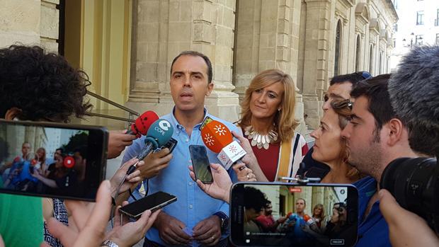 El gobierno local pide a Ciudadanos «que no haga más el ridículo» con sus críticas al Alcázar