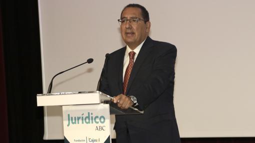 El presidente de la Fundación Cajasol, Antonio Pulido, en su discurso