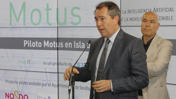 Juan Espadas anunció ayer la presentación del plan en la Cartuja