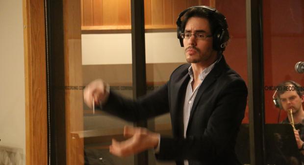 Miguel Bezanilla, compositor, orquestador y violista nacido en Sevilla y ahora afincado en Los Ángeles