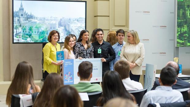 Finalistas, en el concurso de Conocimientos Financieros organizado por el Banco de España hace unos días