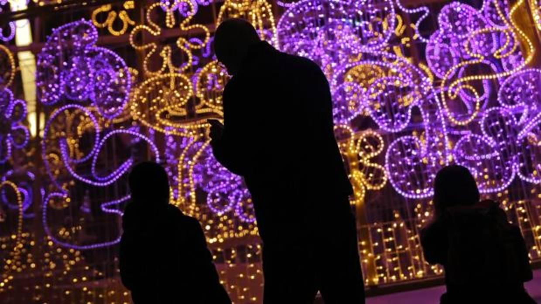 Arranca el montaje del alumbrado de navidad en sevilla - Iluminacion sevilla ...