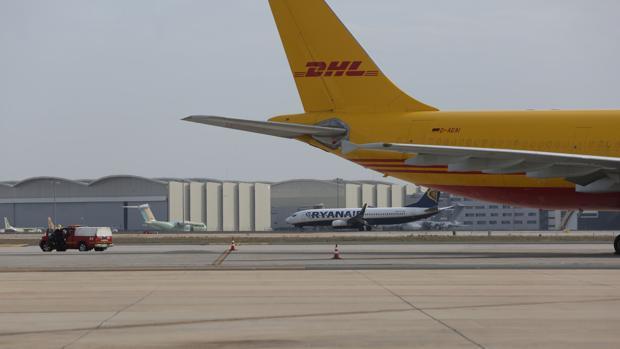 Dos aviones en el aeropuerto de San pablo
