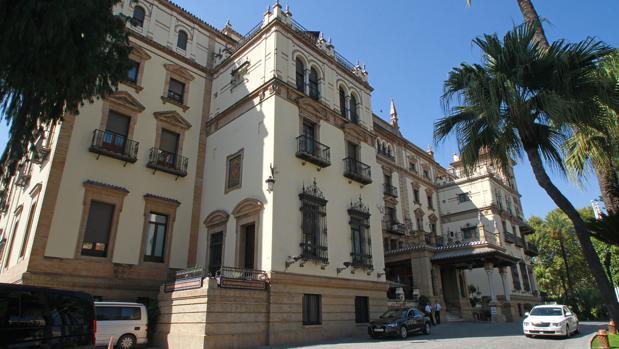 Fachada del Hotel Alfonso XIII