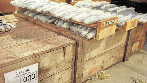 Hemeroteca: El órgano del Salvador lleva 14 años olvidado en un almacén | Autor del artículo: Finanzas.com