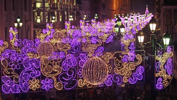 El alumbrado de navidad de sevilla de este 2017 comienza - Iluminacion de navidad ...