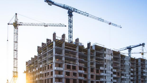 La construcción es uno de los sectores en los que más ha descendido el desempleo