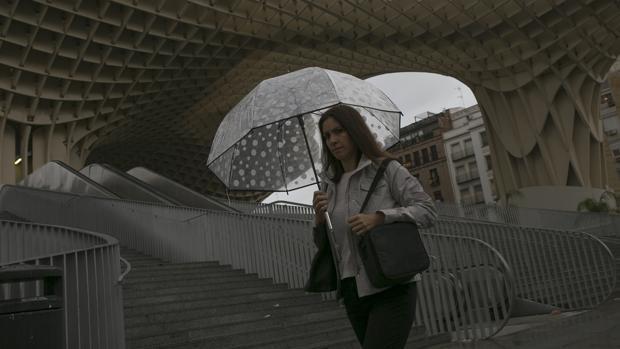 La borrasca «Ana» pone en alerta naranja Sevilla.