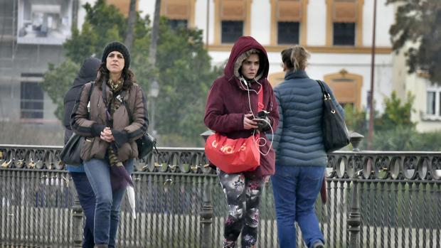 El sábado se mantienen las lluvias en Sevilla
