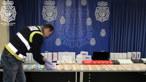 Intervención llevada a cabo por la Brigada Provincial de Policía Judicial de la Jefatura Superior de Sevilla