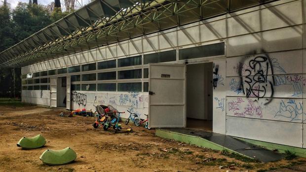 Caracola sin permiso de concesión por parte del Ayuntamiento en la que se encuentra el centro infantil