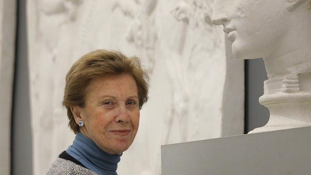 A sus 71 años, la catedrática de Arqueología Pilar León-Castro continúa dando clases en la Universidad e invetigando